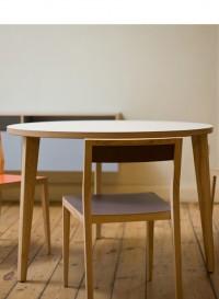 Table ronde design P.M par Mint