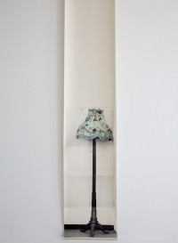 Panneau de papier lampe bleue Flowerie Coolie par Deborah Bowness