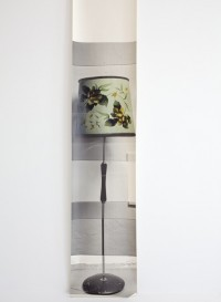 Trompe l'oeil wallpaper 'Kim's lamp' by Deborah Bowness