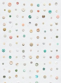 Vintage button wallpaper by by Studio Ditte