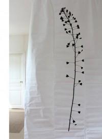 Rideau en tyvek Plume ouverte par Tracy Kendall