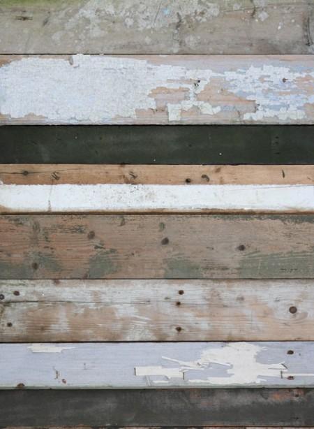 Brown 'Scrapwood' wallpaper by Studio Ditte