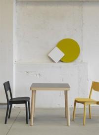 Nico Table