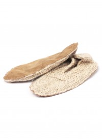 Knitted slippers in natural by Rosa Mosa