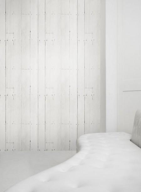 White planks wallpaper