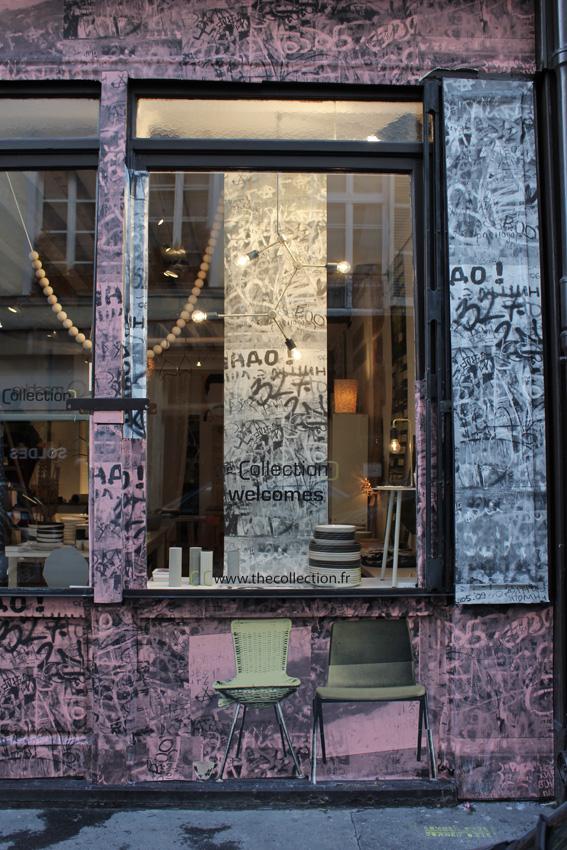 Deborah Bowness fait référence à ses traditionnelles chaises en les intégrant sous forme de clin d'oeil à son nouveau papier peint Graffiti Wall in Moscow