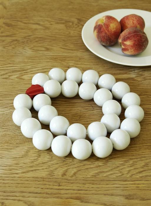dessous-de-plat-perles-de-porcelaine-konstantin-slawinski