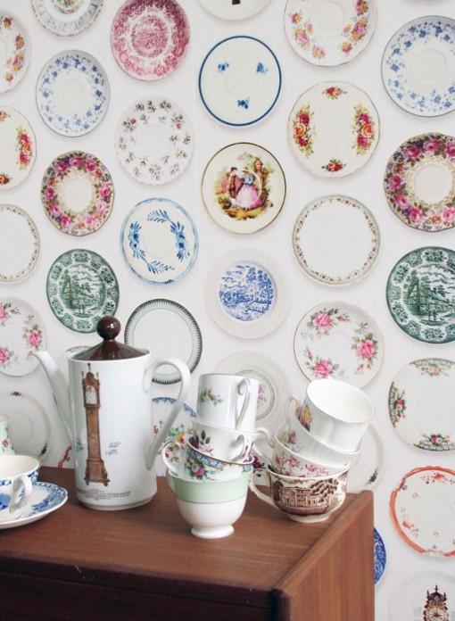 Papier peint assiettes multicolores Porcelain Studio Ditte