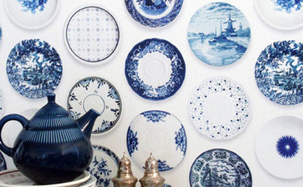 Papier peint assiettes bleues